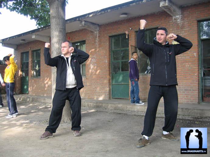 Lionel Froidure pratiquant le Yi Quan en Chine