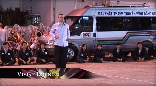 Video Vo Co Truyen Vietnam Vivian Lajunies