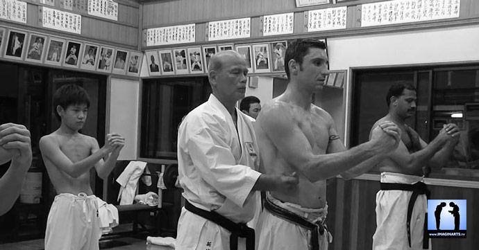 Karaté Okinawa : Lionel Froidure avec sensei Shinjo
