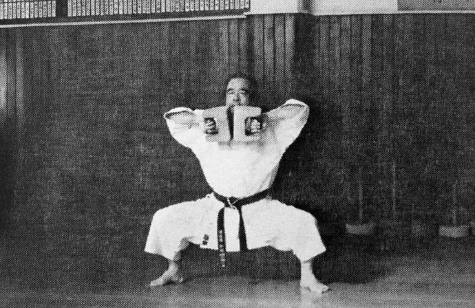 ishi-sashi Karate