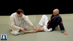 Vincent Ressel et Serge Rebois en séance d'acuponcture