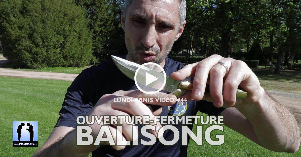Comment ouvrir et fermer un Balisong [vidéo]