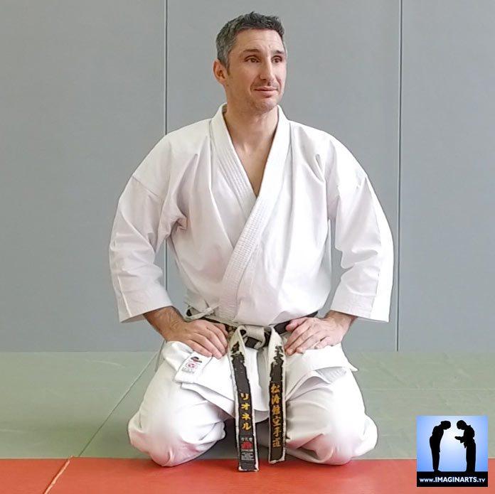 Lionel Froidure - karaté salut à genou - seiza