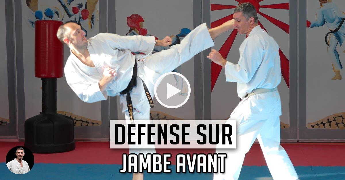 Défense sur Mawashi Geri Jambe Avant - Karate